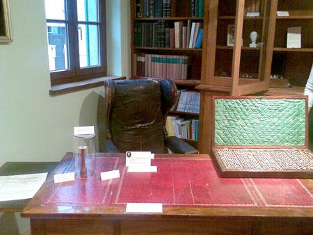 Der Schreibtisch Hahnemanns