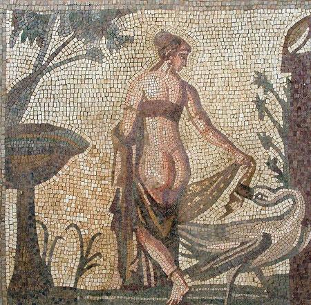 Mosaico romano realizado con teselas de marmol y piedra fosil de Ronda,formato ...200 x 200 ...Se puede hacer en cualquier  medida.