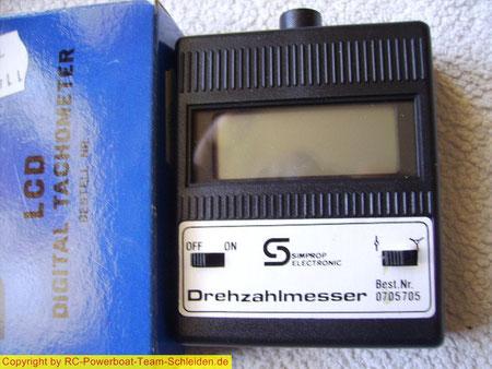 Der Digital Tachometer (Drehzahlmesser) für 2 und 3 Blatt Schiffsschrauben.