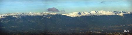 La chaîne du Jura vue de La Thuile