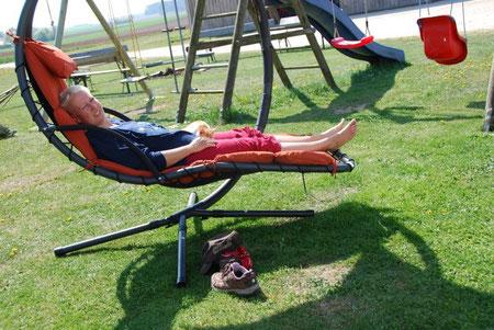 Relaxen in der Schwingliege