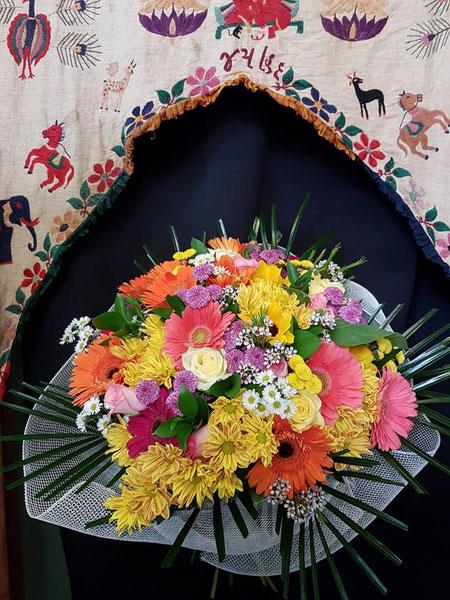 Ramo multicolor grande ref R15      PVP 100 €