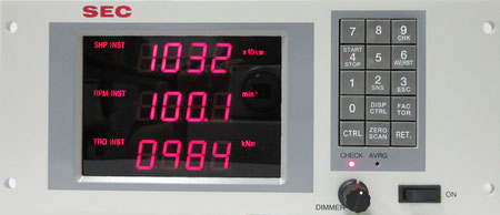 W252 x H108 x D272 (mm) / 4.3kg
