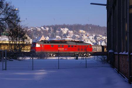 """""""Ludmilla"""" wartet auf ihren Einsatz in Schwandorf neben dem alten Ringlokschuppen"""