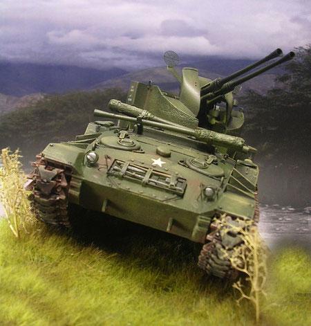 Die Grundform des M24 Chaffee, um mehr Raum für den Flakturm zu bekommen.