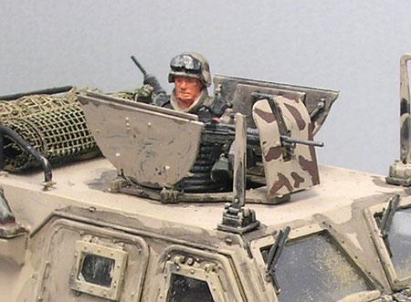 Für den bewaffneten Konvoischutz sind die LAVs sicher unterbewaffnet, wenn man sie mit den US Humvees vergleicht.