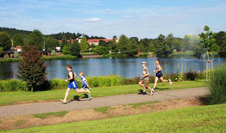 Nach dem Start des Fünf-Kilometer Laufs