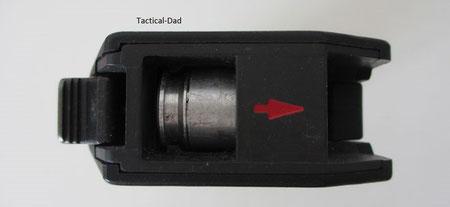 Geladenes Signalgerät. Die Konstruktion verwendet verstärkte Hülsen, wie es HK auch heute noch bei den 40mm Granatwerfern tut. Ein Patronenlager hat das Signalgerät nicht.