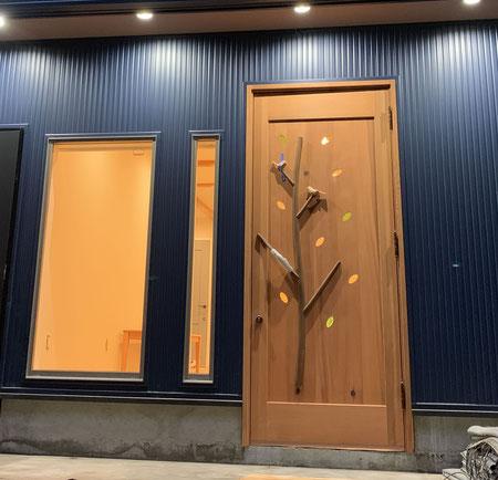 木製玄関ドア 木の扉 店舗用