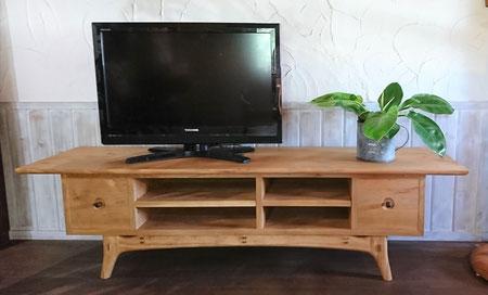 テレビ台 木のキャビネット