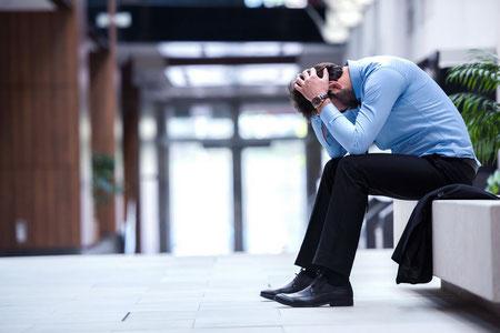 Probleme im Job, Mobbing, Job-Verlust, Ärger?
