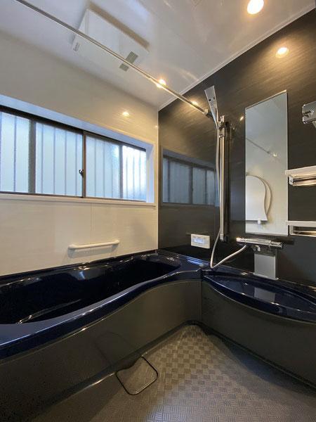 浴室空間を広げ、足を伸ばしてバスタイム ♪【直方市 O様邸】