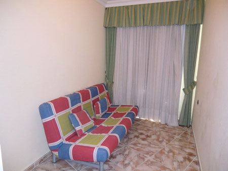 3.Schlafzimmer mit Schlafcouch