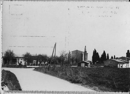 L'Eglise et la route de Gagnac.
