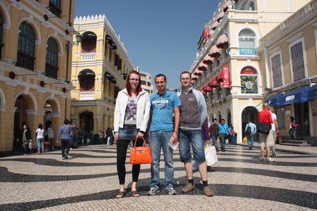 In der kolonial gestalteten Fußgängerzone Macaus
