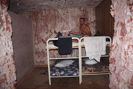 Unser Bett unter der Erde