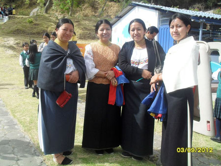 Lucila, Marta and Blanca always wearing their traditional outfit.
