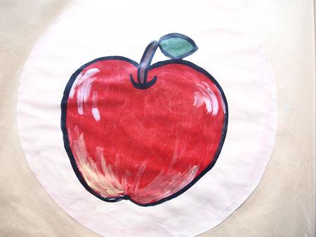 絵的のデザインも、やはり「リンゴ」ですね