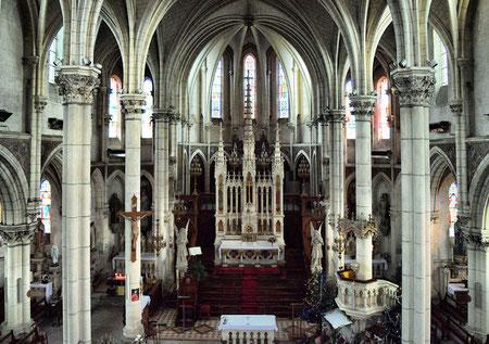 Nef et intérieur de l'église - Vue depuis la tribune