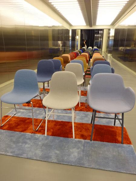 著名なデンマークデザイン、NORMANNの高級な椅子が