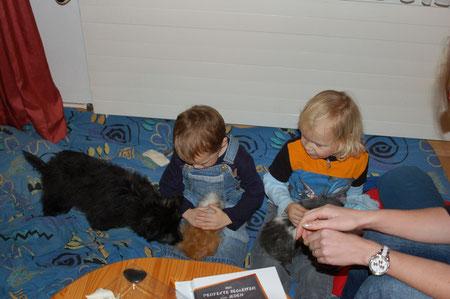 mit den Enkelkindern meiner Zweibeiner