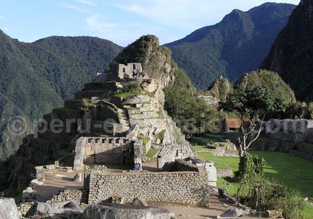 Plaza Sagrada Machu Picchu  Pérou