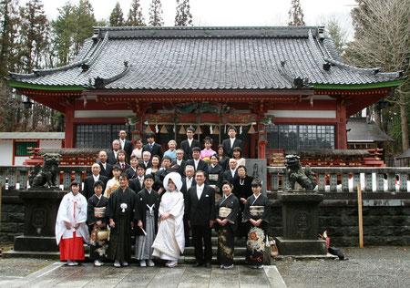 拝殿前での集合写真