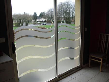 Déco baie vitrée en dépoli gris