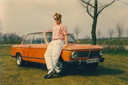 unbekanntes Armani Model mit 72er BMW 1602