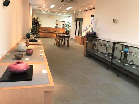 多治見市 本町 オリベストリート 駐車場 織部 陶器 ギャラリー 智結蔵 作家 茶陶展 美濃陶芸協会