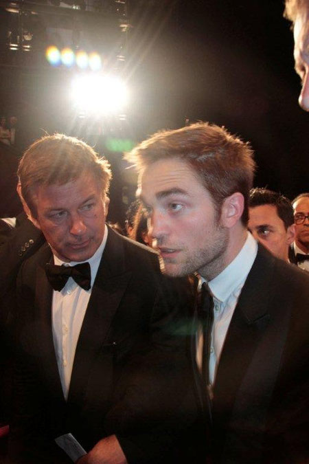 Robert PATTINSON et Alec Baldwin - Festival de Cannes 2012 - Photo © Anik COUBLE