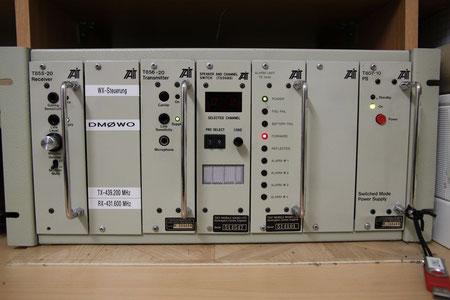 Tait T850 kommerzielles Relais umgebaut auf AFU Frequenz und nachgerüsteter Ablaufsteuerung (WX-Steuerung)