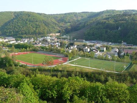 Stadion Silberau Rasen und Kunstrasen