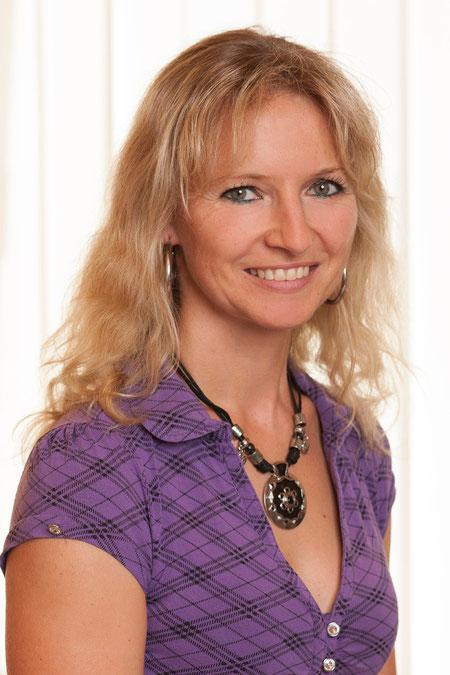 Denise Tegel, Buchhaltung und Rechnungswesen