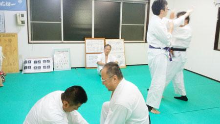 二段、三段のお稽古 千葉県鎌ヶ谷市の八光流柔術【皇法指圧】健心会道場です。