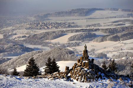 Schneelandschaft in der Rhön, Wintersport: Langlauf, Abfahrt, wandern im Schnee einmalig!  Quelle: Arnulf Müller