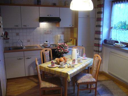 Große Wohnküche, wo kochen und frühstücken Spaß machen!