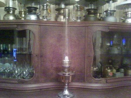 Aladdin 23 mit hohem Zylinder