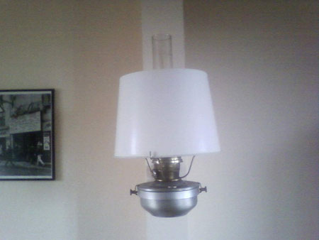 Alte Eisanbahnlampe, in meinem Wohnzimmer