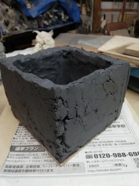 陶芸家 ブログ 焼き物 陶芸作品 茨城県笠間市 鉢植え 陶器 土味 植木鉢