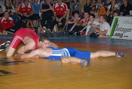 Marcel Harter rot gegen Hofstetten 03. 10. 2010