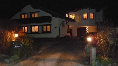 Haus Edelweiss bei Nacht..