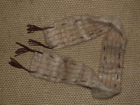 Schal aus Hundewolle , wolle Pandorium Werkstück Bärbel