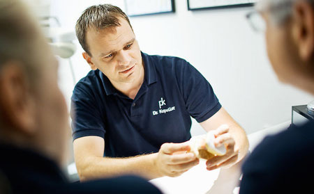 Individuelle Implantat-Beratung durch DDr. Peter Kapeller MSc, Bregenz - Vorarlberg
