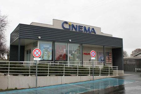 Le Gérard-Philipe, historiquement le quatrième cinéma de Gujan-Mestras, a été rénové en 2018. Photo M.M.