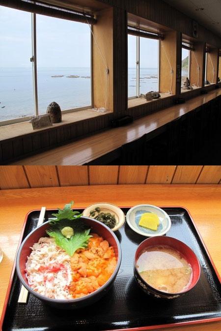 12:00 ウトロ漁港を見ながら食事。ウニカニ丼は2,600円でした。景色も含めとても贅沢な気分。