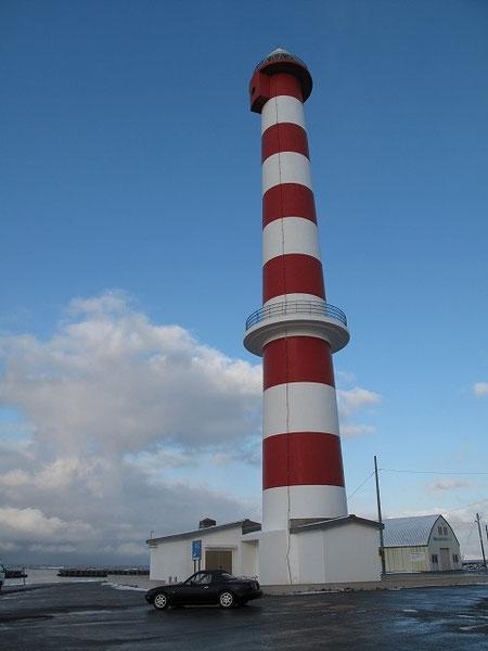 ノシャップ岬に到着。観光客は皆無で閑散としていた。写真は灯台。