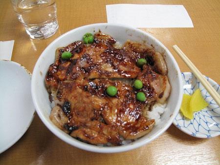 12:16 豚丼 標準タイプ(850円)