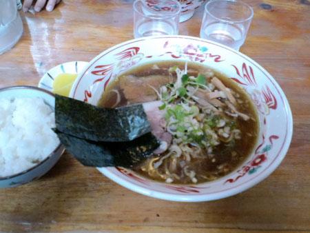 とみ川 醤油ラーメン 650円