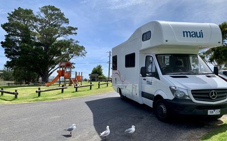 Maui Motorhome, Familie mit Baby und Kleinkind in Australien